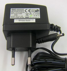 Блок питания GEC AC/DC SYS1193-0909-W2E (In 100-240V~0.3A, Out 9V 1A)
